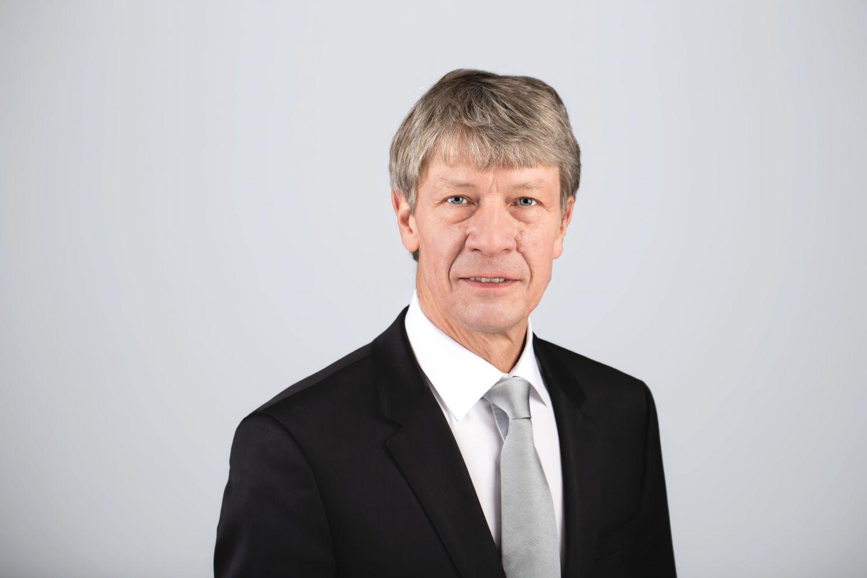 Porträt: Prof. Dr. Dietmar Oesterreich